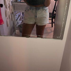 Levi's Shorts - High waisted Levi's shorts